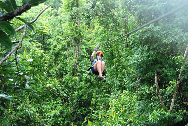 zip line in Manuel Antonio